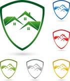 Tres casas, tejados, escudo de armas, logotipo de las propiedades inmobiliarias libre illustration