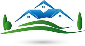 Tres casas y prados, propiedades inmobiliarias y logotipo de las casas libre illustration
