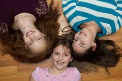 Tres chicas jóvenes Imagen de archivo