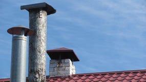 Tres chimeneas en fila fotografía de archivo libre de regalías