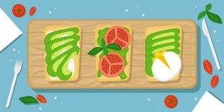 Tres clases de aguacate tuestan el fondo hermoso de la comida con la tabla de cortar, los tomates de cereza, los cristales de la  ilustración del vector