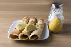 Tres crepes con el limón Imágenes de archivo libres de regalías