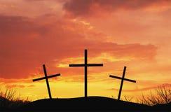 Tres cruces en la colina superior del af Fotos de archivo libres de regalías