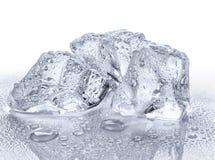 Tres cubos de hielo Imágenes de archivo libres de regalías