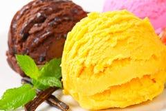 Tres cucharadas de helado Imagen de archivo libre de regalías