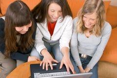 Tres mujeres jovenes Imagen de archivo libre de regalías