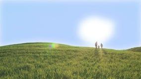 Tres niños están subiendo en la colina verde Día de resorte asoleado almacen de metraje de vídeo