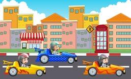 Tres niños que conducen los coches de competición en el camino stock de ilustración