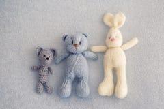 Tres osos suaves del juguete fotografía de archivo libre de regalías