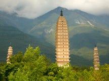 Tres pagodas en Dali. Provincia de Yunnan, China. Imagen de archivo