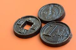 Tres productos del chocolate bajo la forma de euro, E.E.U.U. y Japón acuñan Foto de archivo