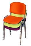 Tres sillas para los visitantes presentados en uno a Imagenes de archivo