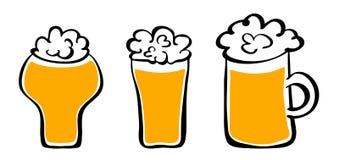 Tres tazas de cerveza Imagenes de archivo