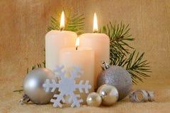 Tres velas del advenimiento. Imágenes de archivo libres de regalías