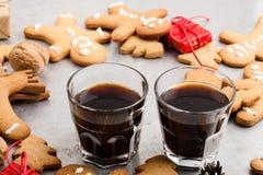 Tres vidrios de galletas del café sólo y del pan de jengibre Fotografía de archivo libre de regalías