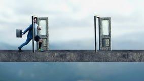 Treten durch Tür Stockfoto