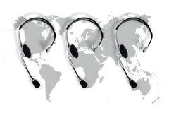 Treten Sie globalem Konzept, Draufsichtkopfhörer und mit Karte in Verbindung Stockfotografie