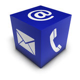 Treten Sie mit uns Netz-Ikonen-Würfel in Verbindung Lizenzfreie Stockfotos