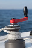 Treuil sur le bateau à voiles Images libres de droits