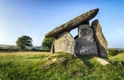 Trevethy kastring en portaldolmen i Cornwall Arkivbilder