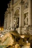 trevi места ночи фонтана Стоковое Изображение