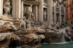 Trevi фонтана (Фонтана di Trevi), Рим Стоковая Фотография