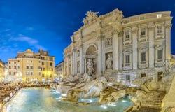 Trevi-Brunnen, der barocke Brunnen in Rom, Italien. Stockbild