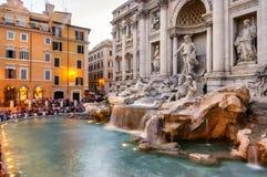Trevi-Brunnen Rom Italien Stockbilder