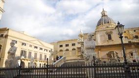 TREVI de Fontain à Rome Italie barre Belle statue une de l'attraction de voyage la plus célèbre à Rome, touriste photographie stock