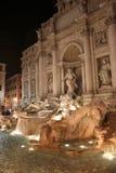 Trevi-springbrunnen (italienare: Fontana di Trevi) arkivfoto