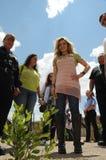 Trevi van Gloria van de zanger kijkt kleine boom in gevangenis stock fotografie
