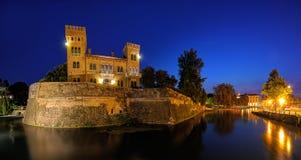 Treviso, il bastione di San Paul alla notte immagini stock libere da diritti