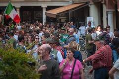 TREVISO ITALIEN - MAJ 13: nationalförsamling av de alpina soldaterna för italienska veteran arkivfoto