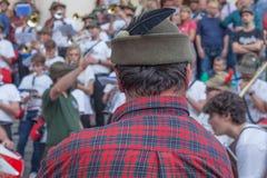 TREVISO ITALIEN - MAJ 13: nationalförsamling av de alpina soldaterna för italienska veteran Arkivbilder