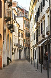 Treviso-Straße und Gebäude Stockfoto