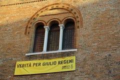 Treviso, TV, Italia - 8 de diciembre de 2016: Bandera con el inscripti Foto de archivo libre de regalías