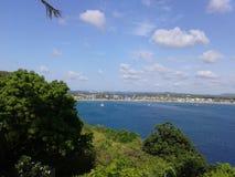 Trevlig blick av havet från högt royaltyfri bild