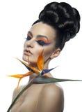 Trevlig flicka med blomma 2 Royaltyfri Fotografi