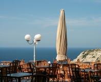Trevlig havssikt under lunch Arkivfoto