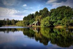 Trevlig sjö royaltyfria bilder