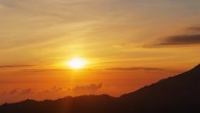 Trevlig solnedgång över havet Royaltyfri Bild