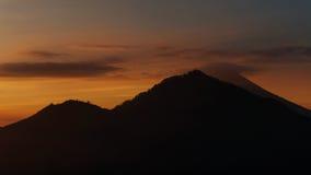 Trevlig solnedgång över havet Arkivfoton