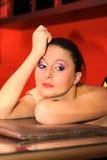 trevlig ståendekvinna Royaltyfri Fotografi