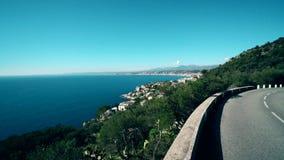 Trevlig stad Frankrike Havs- och solsikt på stad stock video