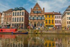 Trevliga kanaler av Ghent Arkivbild