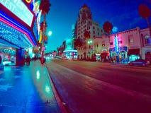 Trevliga nattsikter av staden i Kalifornien arkivfoton