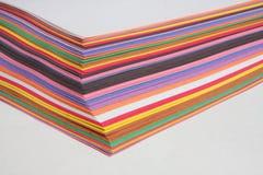 trevliga papperen för kulör konstruktion Arkivbild