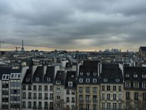 Trevliga Paris gator Royaltyfri Fotografi