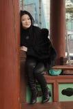 Trevliga unga asiatiska kvinnor. Fotografering för Bildbyråer