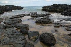 Trevligt hav från stranden royaltyfri bild